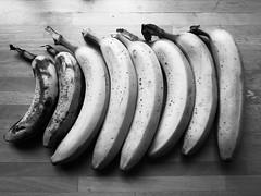Same Same But Different (Ren-s) Tags: fruit bananes bananas black blackandwhite blackwhite bw white contraste contrast noiretblanc noirblanc bois wood 8 project projet 52 project52 projet52 semaine week 13 lines lignes bruxelles brussels belgique belgium europe food nourriture foodstuff vegetal olympus em10 olympusm1442mmf3556iir fresh frais bnw nb