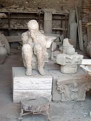 Solo con sus pensamientos... (musan68) Tags: romanos pompeya imperioromano vaciados