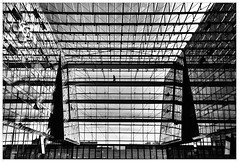 The Art of Architecture (kurtwolf303) Tags: berlin germany deutschland energieforum building gebäude person glass steel construction monochrome bw sw olympusem1 omd microfourthirds micro43 systemcamera mirrorlesscamera spiegellos digitalphotography unlimitedphotos architecture architektur windows fenster einfarbig 250v10f 500v20f 750views 1000v40f topf25 topf50 topf75 topf100 urban urbanlifeinmetropolis topf150 1500v60f 2000views ruby3 topf200