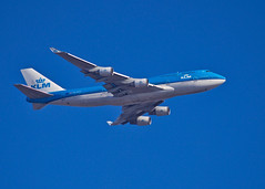 PH-BFH-B744-KLM-YYZ (EXPLORED) (CdnAvSpotter) Tags: klm boeing 747 phbfh yyz toronto arrival about land airplane spotting