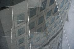 Saturday Self Challenge: windows (naturum) Tags: 2017 april architecture architectuur geo:lat=5561311686 geo:lon=1297622681 geotagged lente lillavarvsgatan malmö reflection scania skåne spring sverige sweden turningtorso voorjaar weerspiegeling zweden windows ramen swe