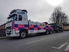 Rear Suspend Towing 18Ton Tipper (JAMES2039) Tags: volvo tow towtruck truck lorry wrecker heavy underlift heavyunderlift 6wheeler 4wheeler rear rearsuspend tipper cardiff rescue breakdown ask askrecovery recovery fh13 pn09juc pn09 juc fl6 barry