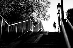 Stairway to Heaven. (sdupimages) Tags: candid rue street girl paris montmartre stairs stairway nb bw noirblanc blackwhite