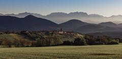 Le Monestier-du-Percy (eins75) Tags: isere trieves france grenoble gras fields mountains sunrise sun sunny felder berge sonnenaufgang sonnig sonne ortschaft village alpen alps nebel fog frühjahr spring