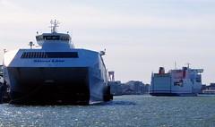 Göteborg - Stena Carisma (cnmark) Tags: sweden göteborg harbour port danmarksterminalen denmarkterminal stena line hss 900class stenacarisma high speed ship boat vessel ferry ©allrightsreserved
