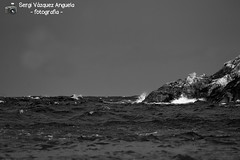 ones de canvi de temps, ones de Costa Brava (Sergi Vázquez Anguela) Tags: satuna begur baixempordà païsoscatalans mar ones mediterrani mediterrania mediterraneo sea platja beach plaja abril 2017 april blancinegre blancoinegro blackandwhite cel cielo sky aigua agua water