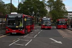 195 Cubed! (Jack Marian) Tags: route195 abelliolondon 8878 sn17moa 8881 sn17mov 8464 rl02ztb alexander alexanderdennis alexanderdennisenviro200mmc enviro e200 enviro200mmc e200mmc caetanonimbus caetano nimbus dennis dart dennisdart charvillelaneestate brentfordcountycourt buses bus london