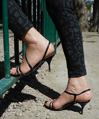 San Marina sandal 27 (lola itchiludo heels) Tags: chaussure scarpe feet feets fetish foot footfetish fetichisme heels toenails pie pieds pies sandal sandals sandale sandali sandalia sandalias sexy shoes stiletto tacone tacones talon zapato zapatos toes sandaletten fuss mules