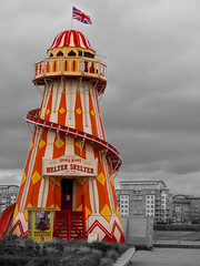 Contrasts.jpg (+Pattycake+) Tags: helterskelter thames london contrasts selectivecolour