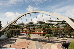 Schwebebahn 16 Wuppertal (Hans Wiskerke) Tags: wuppertal nordrheinwestfalen duitsland de