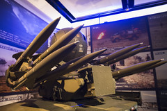 National Army Museum 21-4-17 - 16 Rapier system (Mac Spud) Tags: london war museum military missile defence technology