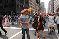IMG_6895 (neatnessdotcom) Tags: easter bonnet parade 2017 hats costumes new york city 5th avenue manhattan nyc tamron 18270mm f3563 di ii vc pzd canon eos rebel t2i 550d