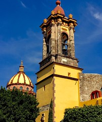 sun burst SM d A ( EXPLORED ) (Rnoltenius) Tags: explore sun san miguel de allende church yellow blue sky awesome splendid
