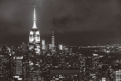 Harper's Bazaar 150 Year Anniversary on Empire State Building (Kenny Rodriguez) Tags: empirestatebuilding harpersbazaar150thanniversary harpersbazaar newyorkcity projections kennyrodriguez