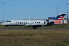 N467AW (Air Wisconsin) (Steelhead 2010) Tags: americanairlines americaneagle airwisconsin yyz canadair crj crj200 nreg n467aw