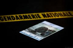 Crime (Meculda) Tags: crime empreinte 105mm nikon d7200 gendarmerie ruban jaune noir digitale france mm macro mondays 2017