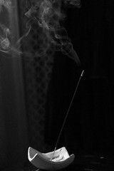 IMG_6536 (angélicaflandez) Tags: incienso blackandwhite smoke peace