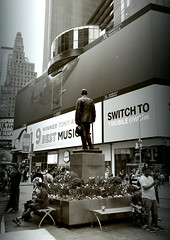 George M. Cohan Statue, Marriott Marquis (sjnnyny) Tags: timessquare duffysquare touristvenue nyc manhattanstreets theatredistrict pentaxkp sigma1770f284dcmacro stevenj sjnnyny urban signage sightsee massivedisplaysign marriottmarquis