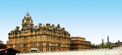Balmoral Hotel Edinburgh (MDydbahl) Tags: old panorama white castle tourism architecture contrast photography scotland edinburgh fort britain oldarchitecture blueskygradient mdybdahl
