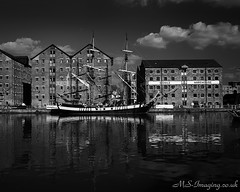 IMG_2033 (martinsmith99) Tags: docks boats ships gloucester quays vivitarseries11935mm