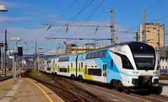 Westbahn (austrianpsycho) Tags: train linz kiss eisenbahn railway zug bahnhof hauptbahnhof hbf 4010 stadler westbahn linzhbf stadlerrail linzhauptbahnhof stadlerkiss