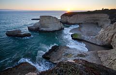 Shark Fin Cove Sunset (geekyrocketguy) Tags: ocean ca santacruz bay coast shark cove 14 28 fin da