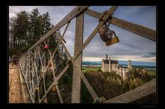 Schlsser (Kemoauc) Tags: bridge castle fence bayern bavaria nikon lock neuschwanstein schloss hdr jrg topaz fssen schwangau hff marienbrcke photomatix d300s kemoauc sentko