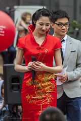 red dress (Jordi Pay Canals) Tags: barcelona china new red horse festival canon eos is spring asia dress year chinese culture catalonia canals parade celebration usm 70300mm jordi ef conductor 2014 450d pay