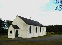 Free Presbyterian Church, Evelix near Dornoch, Sutherland, September 2012 (allanmaciver) Tags: white building church scotland worship traditional free route busy attractive service sutherland presbyterian dornoch maintained a9 regular allanmaciver evelix septemberholidays2012