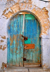 Old City of Kairouan, Tunisia (HaniaAswad) Tags: blue green architecture doors northafrica tunisia tunis kairouan arabworld oldcities
