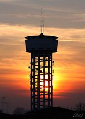 ___ antenne e ripetitori ___ (erman_53fotoclik) Tags: canon eos 500d antenne ripetitori tramonto controluce cielo rosso sole sunset profili profilo erman53fotoclik