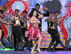 Exclusive Photos from Sunny Leone's Performance at Zee Cine Awards 2017 (vickyfadia) Tags: eventsunnyleone sunnyleone sunnyleonebollywood sunnyleonedance zeecineawards zeecineawards2017 zeecineawardscelebrities