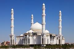 Әзірет Сұлтан мешіті (eneko123) Tags: eneko123 mosque sultan hazretsultanmosque hazret әзірет сұлтан мешіті әзіретсұлтанмешіті khazretsultanmosque khazret hazratsultanmosque hazrat mezquita islam islamic astana астана ақмолы akmola akmoly akmolinskyprikaz акмолинскийприказ akmolinsk акмолинск tselinograd целиноград kazakh kazakhstan kazajistán қазақстан qazaqstan казахстан қазақстанреспубликасы qazaqstanrespwblïkası республикаказахстан religion architecture arquitectura moschee mesquita 清真寺 мечеть モスク mosquée τζαμί moskee moské مسجد moskeo मस्जिद