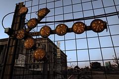 Signs, bordering the future station Faculty of Law - Line H - Buenos Aires subway. (Nicolás Eduardo Feredjian) Tags: nicoláseduardoferedjian nicolásferedjian airelibre samsungnx3000 nx3000 hybridcamera cámarahíbrida recientes recent underground metro subte subterráneos buenosaires ciudaddebuenosaires metrodebuenosaires thetube subway subtes línea líneas flickrhomepage urbano samsungcamerapictures sbase subterráneosdebuenosaires line subwayline líneah signs señales señalización facultaddederecho losadetecho anochecer tobecomenight