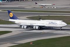 Lufthansa Boeing 747-8I D-ABYP (atcogl - ATC @ YYZ) Tags: yyz cyyz toronto ontario canada pearson lbpia aircraft airliner airplane aeroplane plane jet heavy widebody jumbo aviation avion flugzeug canon eos 5dmarkiv 100400f4556lismarkii staralliance landing lh dlh lufthansa boeing 747 7478 7478i b748 dabyp 1500th747