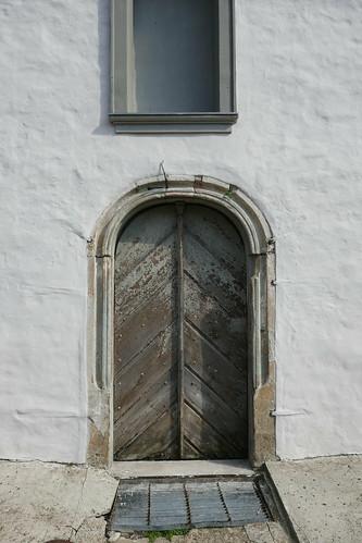 Portal zachodni w wieży kościoła św. Michała Archanioła w Tyńcu nad Ślęzą