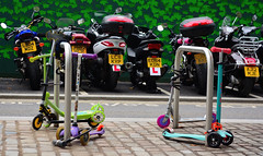 Big Toys And Little Toys (tcees) Tags: wollstonecraftst kingscross london n1 nikon d5200 1855mm scooter bike motorbike motorcycle street cyclestand ulock padlocck bikelock cablelock topbox plimsollbuilding handysidest