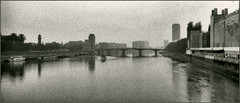 River Thames on a dull day in October 1985 (Felip1) Tags: 85n1