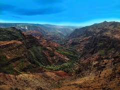 View to the Waimea Canyon on the island of Kauai (Hawaii Islands) // Blick zum Waimea Canyon auf der Insel Kauai (Hawaiiinseln) // (gerdschremer) Tags: hawaii kauai landschaft landscape canyon waimea hawaiiinseln waimeacanyon