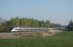 TGV Sud Est 64 et 16 (SylvainBouard) Tags: train railway sncf tgv tgvsudest