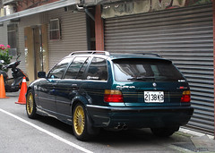 Alpina B6 Touring 2.8 (BMW E36) (rvandermaar) Tags: alpina b6 touring 28 bmw e36 bmwe36 3 bmw3 3series 3serie 3reeks 3er alpinab6 bmwtouring taiwan