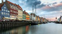 Copenhagen - Nyhavn (Wim Boon (wimzilver)) Tags: wimboon wimzilver canoneos5dmarkiii canonef2470mmf28liiusm sunset kopenhagen copenhagen nyhavn holiday vakantie statief