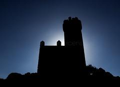 Castillos en el aire (Gallo Quirico) Tags: torrelodones castillo torre contraluz castle spain españa backlight arquitectura architecture olympus stylus1