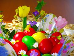 Paste Fericit! / Happy Easter! (Alin B.) Tags: alinbrotea spring paste easter egg flower rising april
