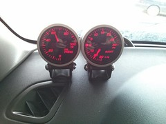 2013-06-16-17-22-54-640 (snackerz) Tags: xt subaru oil pressure install gauge forester boost maddad