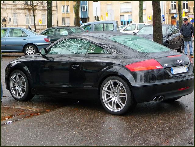 auto cars car automobile voiture coche auditt véhicule allemande worldcars cvgdecembre2011