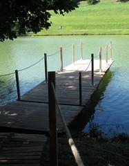 le ponton (LILI 296...) Tags: france eau champs lac été ponton hautegaronne midipyrénées canonpowershotg12