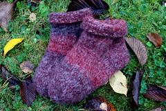 2013.09.23. hahtuva ym. tossuja 3 p 003m (villanne123) Tags: socks felted knitting forsale slippers machineknitting sukat 2013 tossut hahtuva tossukat hahtuvatossut