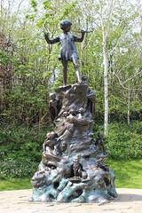 Peter Pan (m.ormazabal) Tags: peterpan londres kensington