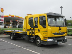 AA RX58KCV (Invictaway) Tags: truck renault breakdown aa recovery